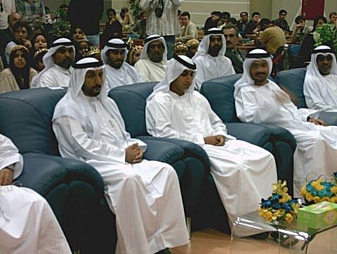 Scheich Kennenlernen : Auswandern nach Abu Dhabi – Luxusleben bei den Scheichs!