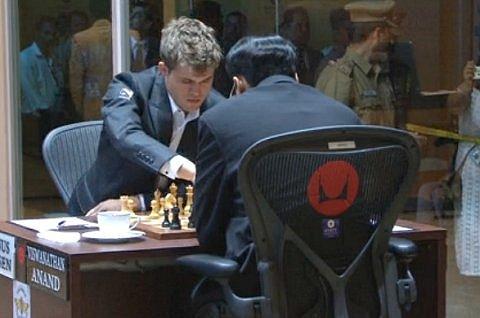 Ajedrez en Vivo: Anand vs Carlsen Match Titulo del Mundo R4