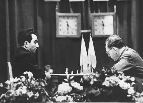 Hace 50 a os botvinnik vs petrosian ajedrez de estilo for Fides sergas oficina virtual