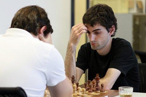 unterhaltsames schach beim lga turnier chessbase. Black Bedroom Furniture Sets. Home Design Ideas