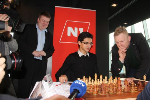 berraschungen in reykjavik chessbase. Black Bedroom Furniture Sets. Home Design Ideas