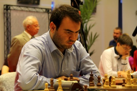 http://de.chessbase.com/portals/3/files/2014/tal_mem/2/Image1.jpg