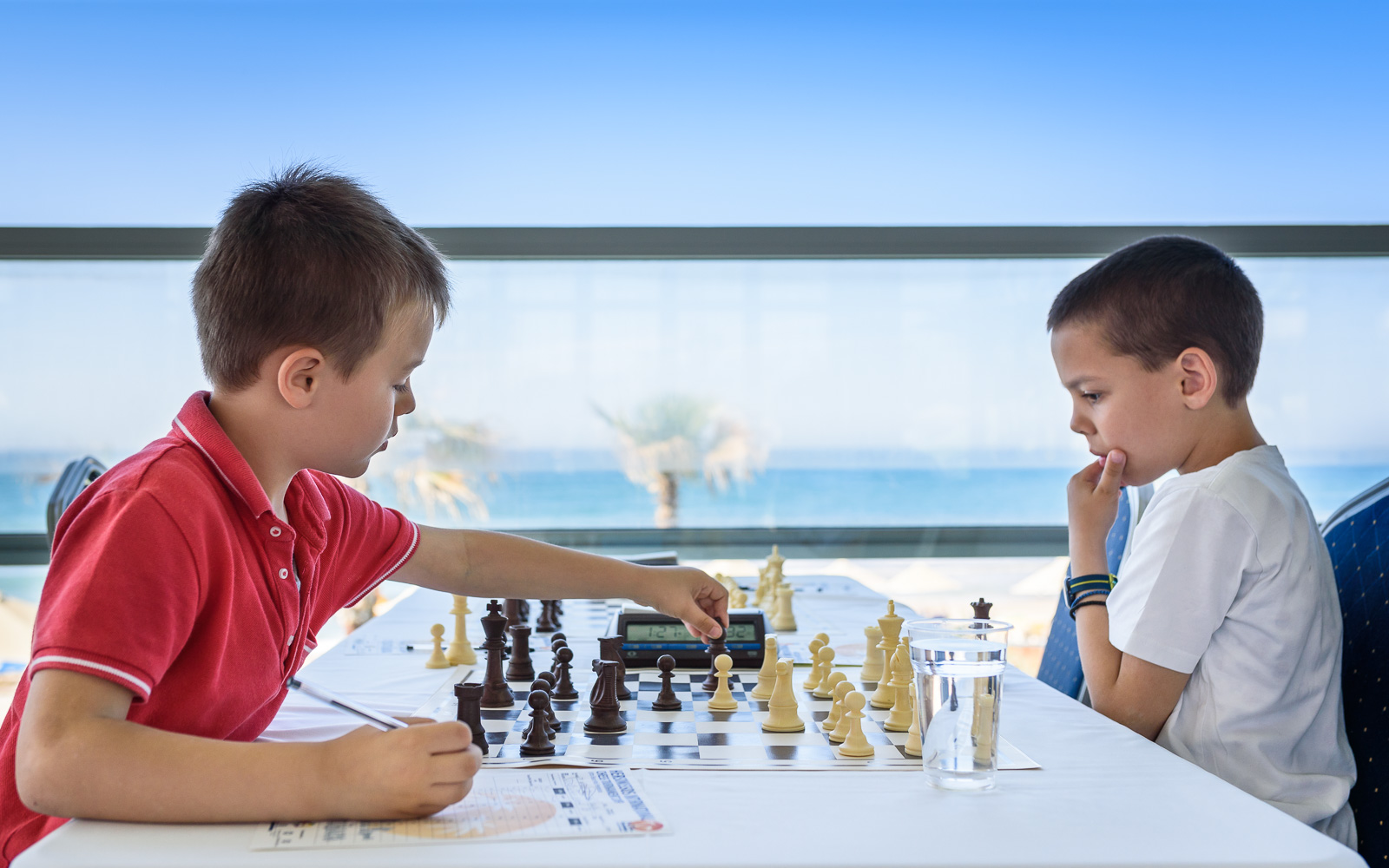 boys chess beach